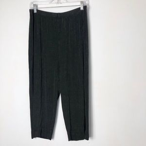 Chico's travelers dark gray slinky pull on pants
